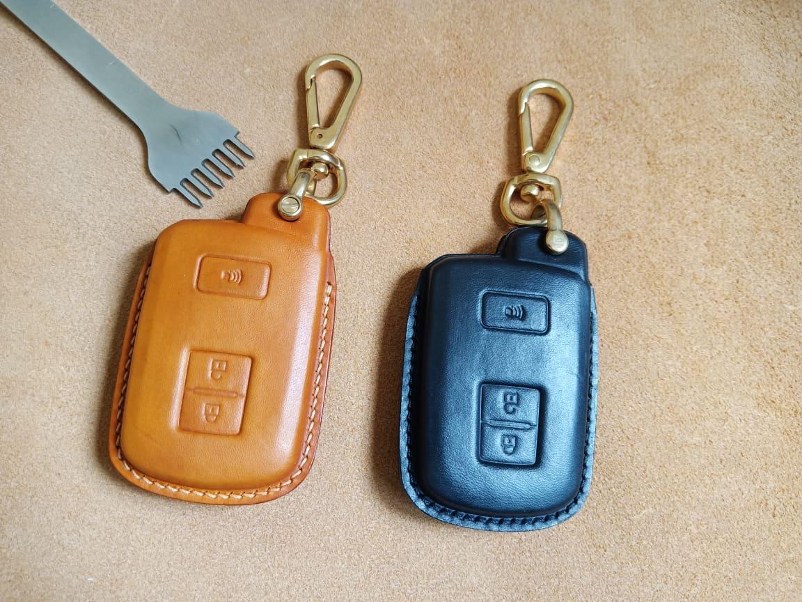 Bao da chìa khóa Toyota Land Cruiser