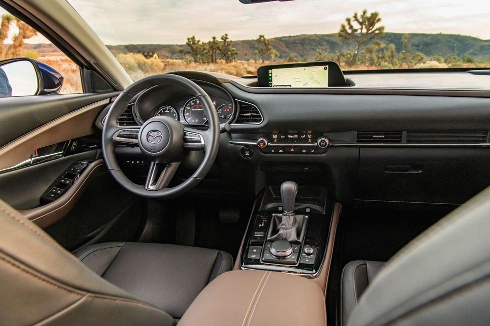 Hệ thống điều khiển trung tâm Mazda CX-30